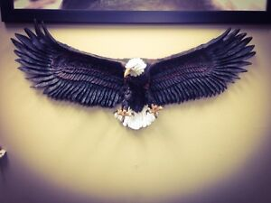 Eagle statue wildlife wall sculpture