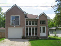 Walk to Beach 6 from Wasaga Beach House for Rent