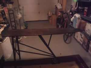 Antique Ironing Board West Island Greater Montréal image 1