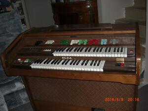 orgue ELKA - Préludio 22/L Saguenay Saguenay-Lac-Saint-Jean image 1