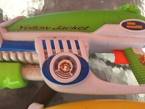 2 WATER GUNS!!  $5 for both!! (Delete when sold) London Ontario image 4