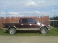 2002 Ford F-150 SuperCrew Pickup Truck 4X4 King Ranch