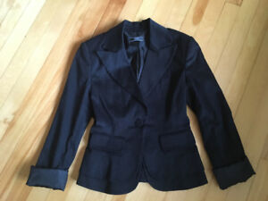 Lot of clothing fits siZe 2-4