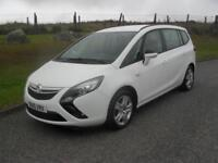 Vauxhall/Opel Zafira Tourer 1.8i 16v VVT ( 140ps ) 2014MY Exclusiv 2 Keys 7 Seat