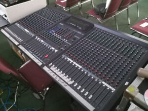 Yamaha Mixing Console 32 Channel
