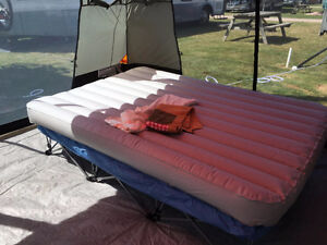 Queen size camp bed with stand