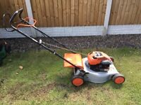 Briggs and Stratton - Self Propelled Petrol Lawnmower