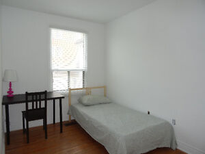 Room for rent working  male only