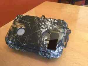 PROFESSIONAL GAME CAMERA AND ACCESSORIES Kingston Kingston Area image 4