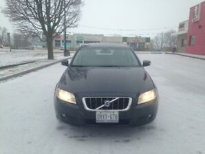 2009 Volvo V70 Meticulously Maintained Certified!!