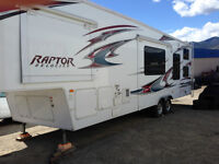 Toy Hauler   Raptor 300 MP  in Perfect Condition-Like New