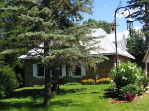 Chateauguay, chambre dans magnifique ancestrale! Libre!
