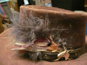 Klondike hat, Bailey, brown suede with leather trim and feathers Kitchener / Waterloo Kitchener Area image 5