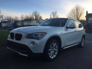 2012 BMW X1 xDrive28i - REDUCED