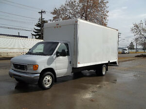 2005 Ford E-350 Cube van Powerstroke dsl 160000 kms