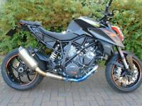 KTM 1290 SUPERDUKE R (PICS WITH OPTIONAL EXTRAS)