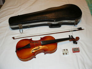Vintage 3/4 Violin made in Germany (with case)