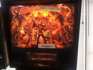 Pinball Auction Medieval Madness on Ebay one day left NO RESERVE