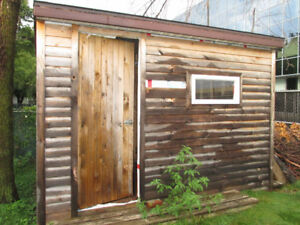Shed / Cabanon for sale.
