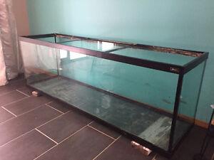 Hagen Glass Aquarium - needs repair