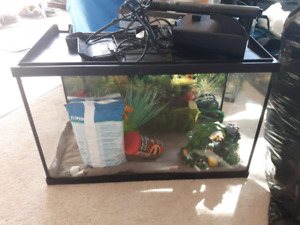 10gallon fish tank and eveything u need!