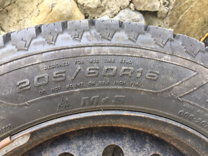 """4 X GREAT Winter tires """"Good Year"""" 205/60R16 and winter Rims"""