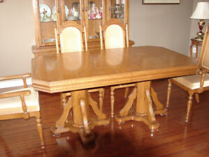 dinning room set hutch 6 cloth chairs and a table with double pe