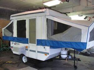For sale 2004 Rockwood tent trailer