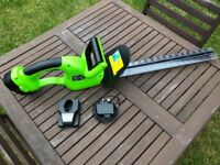 Challenge- Cordless Hedge Trimmer