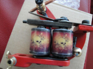 2 GUNS TATTOO MACHINES WITH SMART POWER POINTER  BRAND NEW $140