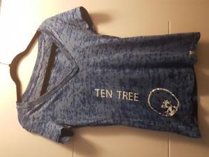 Medium T-shirts