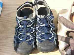 3 pairs of sandals small boys 10 and 11 London Ontario image 2