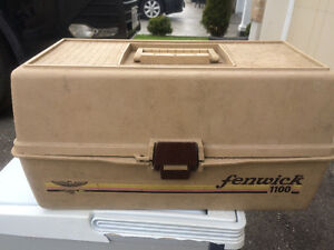 LARGE FENWIK FISHING TACKLE BOX