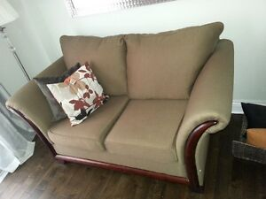 Love seat - good condition