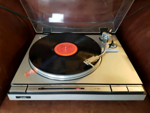 JVC Direct Drive Stereo Turntable Record Player