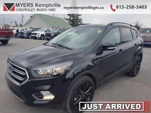 2018 Ford Escape Titanium  LOADED NAVIGATION,PANORAMIC ROOF ,POW