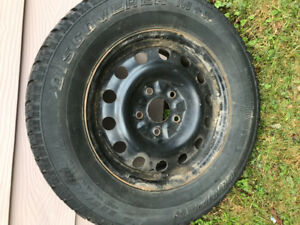 4 USED WINTER TIRES 225/70/16