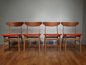 4 Chaises en teck et érable / 4 Restored teak and maple chairs