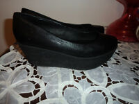brand new cond size 7 gals shoes from Aldo's -- 40.00 genuine