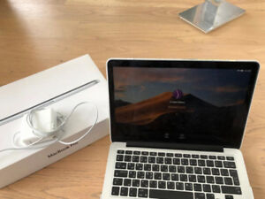 MacBook Pro Retina display 13inch used as new