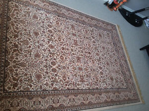 Persian carpet area rug beige patterned Like new condition London Ontario image 8