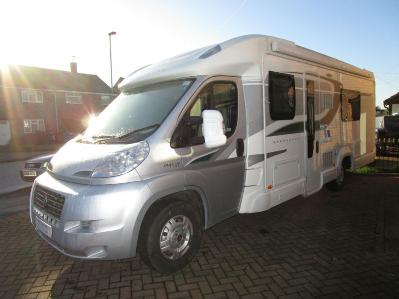 Bessacarr E584 Luxury Fixed Bed Separate Shower Automatic Motorhome For Sale