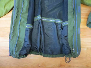 Eddie Bauer 3in1 with 800 fill puff jacket Belleville Belleville Area image 7