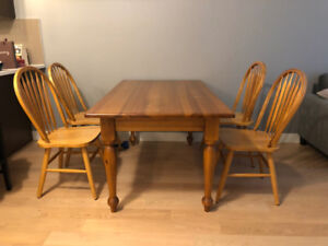 4 seat solid wooden table & chair set