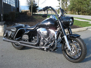 Low KM Harley Davidson Road King Custom