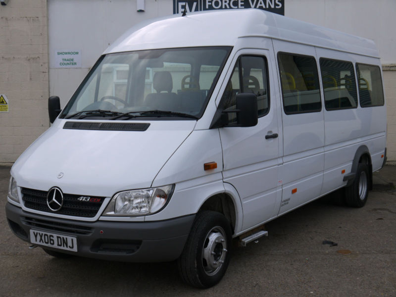 mercedes sprinter 413 disabled transport 15 seater minibus crew day bus taxi in wallingford. Black Bedroom Furniture Sets. Home Design Ideas