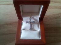 Very well crafted 10kt gold cross.
