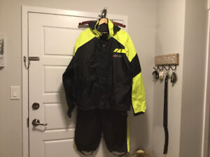 TWO TWO-PIECE CAN AM SPYDER MOTORCYCLE RAIN SUITS