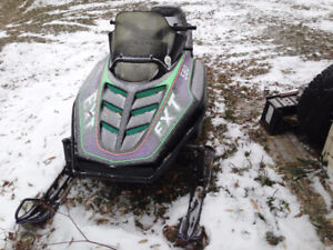 VINTAGE 1994 ARCTIC CAT 580  EXT  RUNS AND LOOKS GREAT