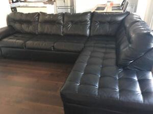 Black leather sectional sofa 4-seat corner